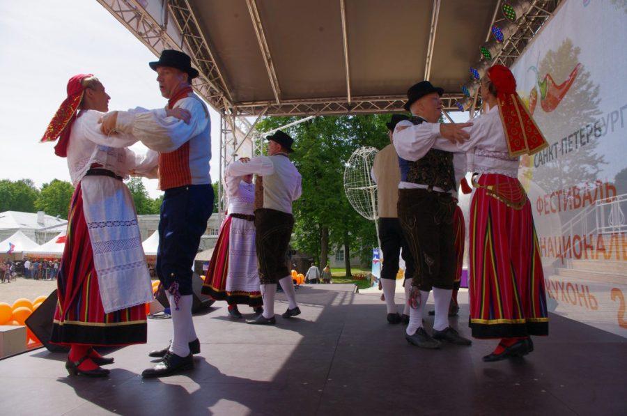 Neevo festivalil
