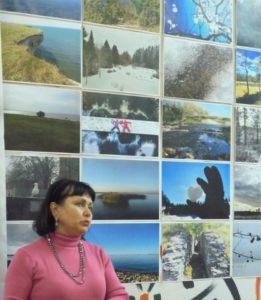4Kiievi muuseumi töötaja Alli Dubenjuk eesti näituse avamisel
